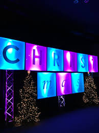Church Stage Christmas Decorations Christmas Stage Set Ideas Christmas Ransom Church Stage Design