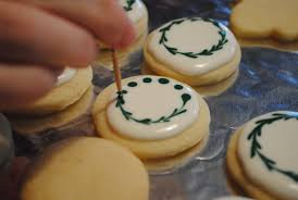 round christmas sugar cookies u2013 happy holidays