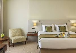 chambre d hotel dubai millennium plaza hotel dubai à partir de 88 hôtels à dubaï kayak