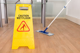 is laminate or vinyl flooring the better choice for floor
