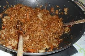 cuisiner des pates chinoises nouilles chinoises aux crevettes 3 quand boubiedou s active aux