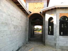 Building A Cinder Block House Naples House Building Methods And Construction