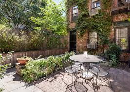Family Garden Brooklyn 3 5m Boerum Hill Carriage House Comes With A Three Family