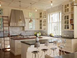 refinishing kitchen cabinets antique white