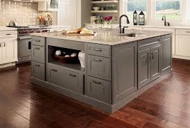 kraftmaid kitchen islands color transition from floor to island to cabinets kraft