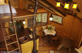 Treehouse Cleveland - treehouses for adults wooden cabins built in gardens as