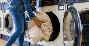Wash Comforter In Washing Machine How To Clean A Comforter Practically Spotless