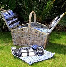 picnic basket set for 4 93 best wicker picnic baskets from satara images on