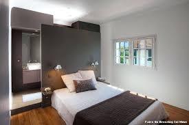 photo d une chambre dressing dans une chambre une with dressing dans une chambre