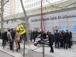 si e social banque populaire loire et lyonnais les salarié es de la banque populaire en grève le mardi 6 mars