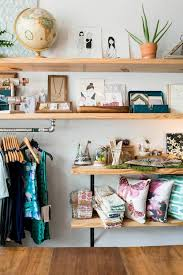 Retail Interior Design Ideas by Best 20 Small Store Design Ideas On Pinterest Bread Display