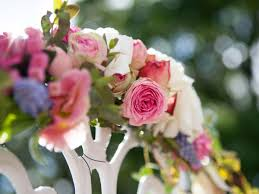 wedding flowers design top wedding floral trends this year sunset magazine sunset