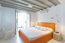 Modern House Bedroom Design Ideas With White And Orange Color - Modern house bedroom designs