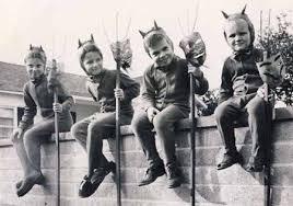 1950 Halloween Costume Egotv Blog Archive Timey Halloween Costume 16 Egotv