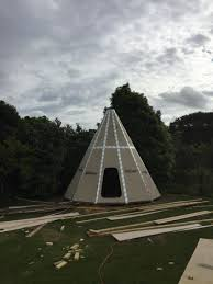man builds gorgeous teepee in his backyard as a unique guest house