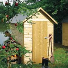 construction d une serre de jardin en bois comment monter son abri de jardin en bois le magazine u2014 gamm vert