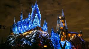 harry potter night light christmas at the wizarding world of harry potter is fittingly magical