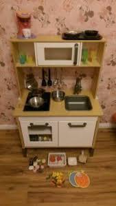ikea spielküche zubehör ikea duktig kinderküche spielküche mit aufsatzschrank zubehör in