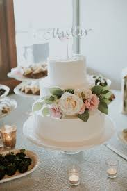 wedding cake buttercream wedding cakes