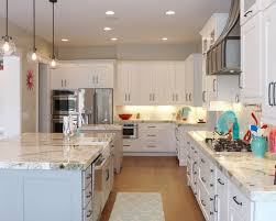 Light Colored Kitchen Cabinets by The Elegant And Stylish Alaskan White Granite For Your Kitchen