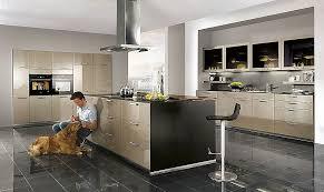 cuisine nobilia revendeur cuisine contemporaine en bois avec