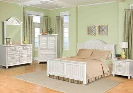 Broyhill Bedroom Furniture Furniture Wood Bedroom Furniture Elegant Solid Wood Bedroom