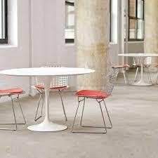 Round Dinette Table Saarinen Round Dining Tables U0026 Knoll Saarinen Table Yliving
