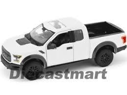ford raptor truck pictures maisto 31266 2017 ford raptor truck white 1 24 diecast car
