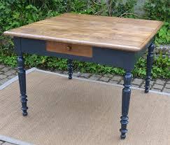 table de cuisine ancienne tables anciennes en bois peint vendues par fabienne blondiau