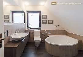 badezimmer mit schräge badezimmer neuigkeiten informationen die badgestalter