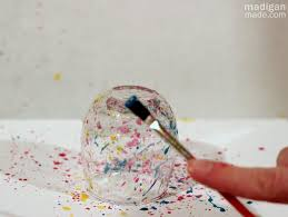 How To Paint A Vase Diy Splatter Painted Glass Vases Rosyscription