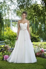 Destination Wedding Dresses Stunning Destination Wedding Dress Collection Destination