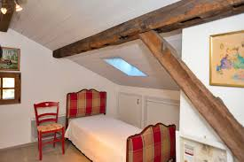 chambre lambris bois habillage mur lambris bois mzaol com