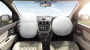 renault lodgy specifications price mileage pics review
