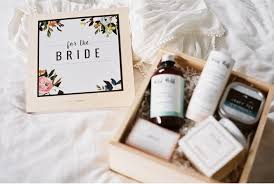 High End Gift Baskets Vale Vine Luxurious Gift Boxes For Brides Gift Box Giveaway