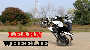 tvs motocross bikes how to wheelie tutorial on tvs apache 200 youtube