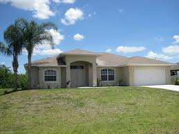 house with 3 car garage 2921 ne juanita pl cape coral fl 33909 market america realty