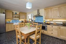 Beach Cottage Kitchen Ideas Cottage Kitchen Designs Photo Gallery Kitchen Design Ideas