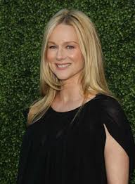 laura linney feathered hair long straight sophisticated hairstyles beauty riot