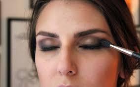 10 makeup tricks to make your eyes look bigger2