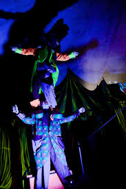 spirit halloween utah strangling brothers haunted circus is scary good the daily universe