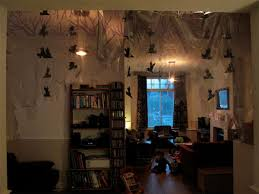 How To Decorate Your College Room How To Decorate Your Dorm Room For Halloween College Fashion
