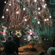 dyker heights brooklyn christmas lights dyker heights christmas lights 884 photos 201 reviews local