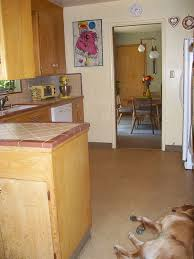 Ceramic Tile Kitchen Countertops by Should Karen Replace Her Original Ceramic Tile Kitchen Countertops