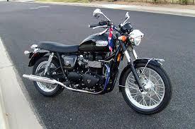 george s 08 triumph bonneville ride to work