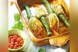 femina fr cuisine recette des fleurs de courgette farcies de julie andrieu cuisine