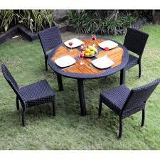 table ronde et chaises ensemble table ronde de jardin en teck et chaises de jardin en résine