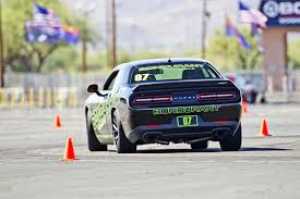 pop quiz 2016 challenger srt hellcat vs 2016 charger srt hellcat