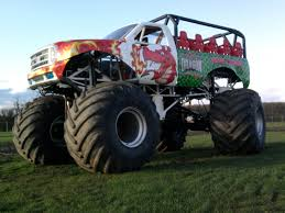 monster truck racing uk 15 jpg