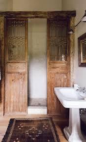 une ouverte d u0027inspiration vintage small showers rustic